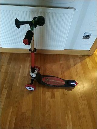 patín 3 ruedas plegable con. bocina