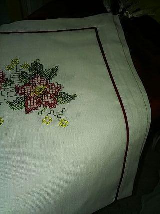 mantel de mesa camilla precioso