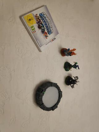 Juego de 3DS: Skylanders Spyro's Adventure y Más