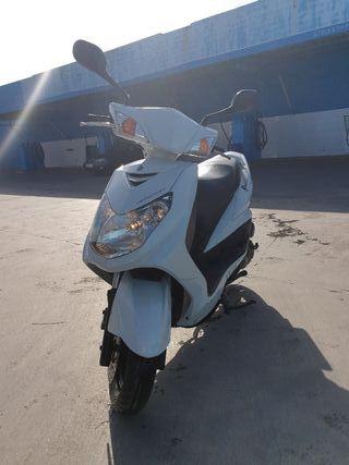 Yamaha sygnum 125