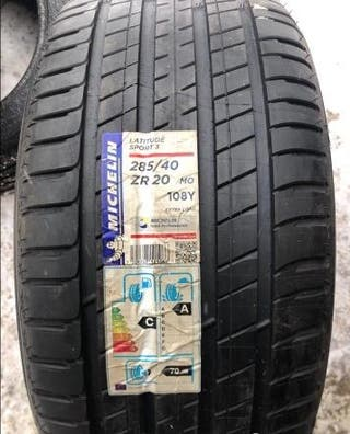 2 ruedas Michelin Latitude Sport 3 285/40/20 108Y