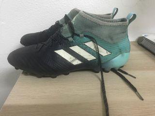 Botas de fútbol Adidas.Talla 43