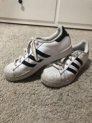 Zapatillas Adidas Superstar talla 38