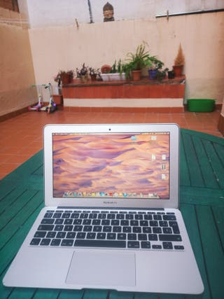 Macbook Air 11' 2014 + disquetera usb