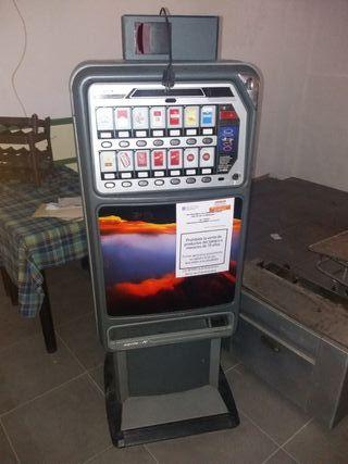 máquina de tabaco con billetero