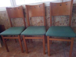 sillas preciosas.