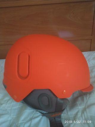 casco de snowboard