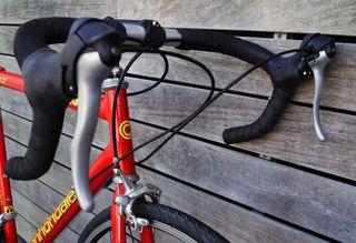 Bicicleta Cannondale CAD2