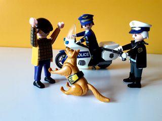 PLAYMOBIL MOTO DOS POLICIAS LADRON Y PERRO