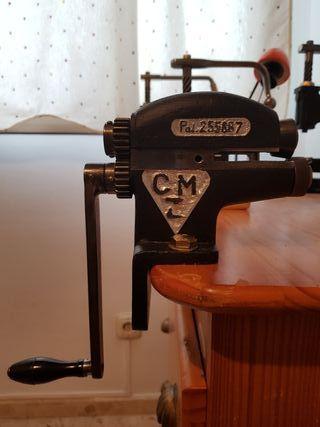 Máquina de cortar cuero