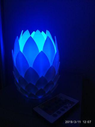 Lámpara piña RGB