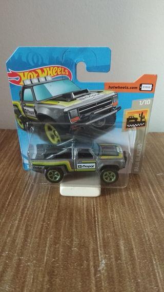 1987 Dodge D100 Hot Wheels