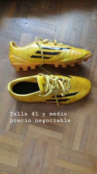 d5e7b12e5 Botas de fútbol Adidas de segunda mano en A Coruña en WALLAPOP