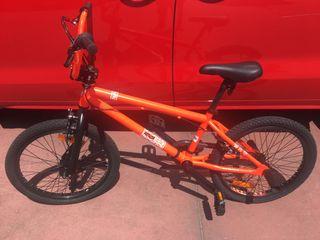 Bicicleta BMX nueva sin estrenar