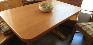 Mesa de cocina o bodega