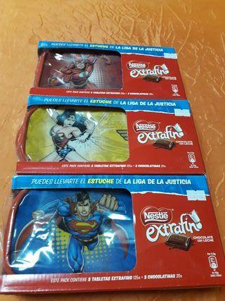 estuche super héroes +6 tabletas de chocolate
