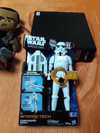 figura stormtrooper con luz y sonido