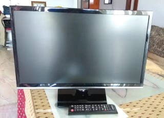 TV/Monitor Samsung FullHD 21''