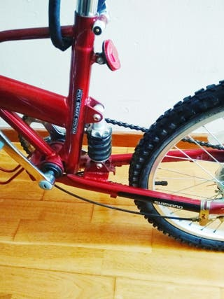 bicicleta plegable casi nueva