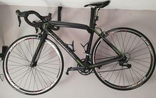 Bicicleta carretera talla 49, se vende o cambio.