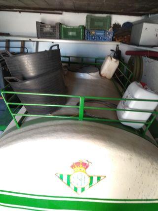 Cuba de 2.500 litros