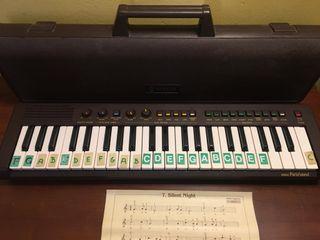 Órgano Yamaha Portasound. PS-3