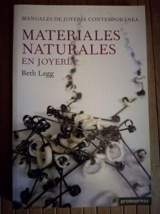 materiales naturales en joyería