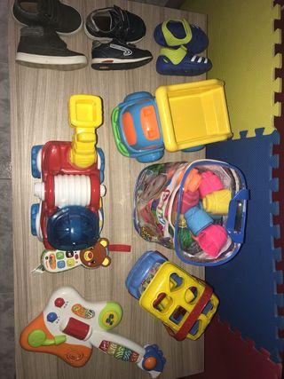 Juguetes y zapatos