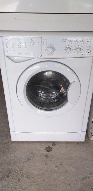 lavadora indesit clase A+A 6 kg