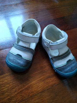 zapato niño número 20