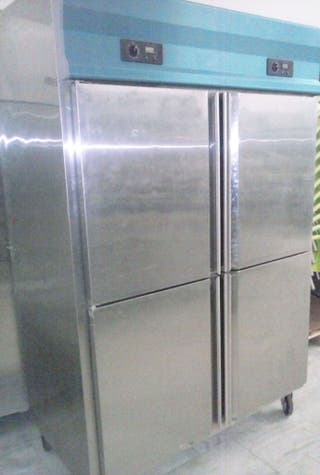 Armario puerta acero refrigerado