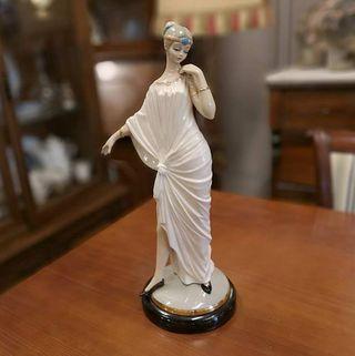 Figura Mujer Años 20
