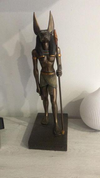 Figura egipcia Anúbis