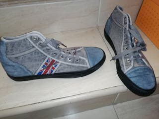 Zapatillas grises bandera uk