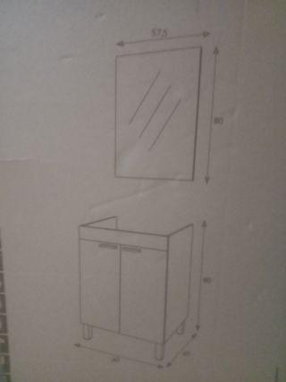 mueble de baño con espejo incluido
