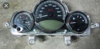 Marcador yamaha tmax 500 (20mil km)