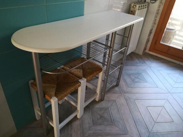 Mesa de cocina de segunda mano por 59 € en Zaragoza en WALLAPOP
