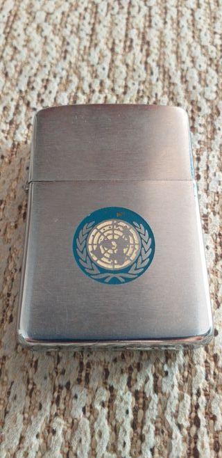 encendedor zippo de las Naciones Unidas