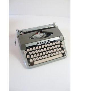Máquina de escribir vintage Amaya 86