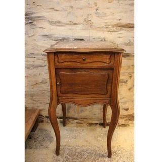 Antigua mesita de madera y mármol