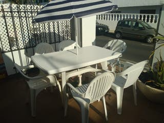 Mesa terraza 6 sillos y sombrilla