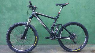 Bicicleta Scott Genius 20 Carbono