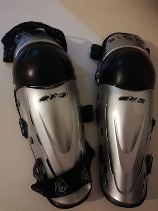 rodilleras articuladas motocross