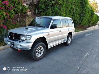 Mitsubishi Montero 2003