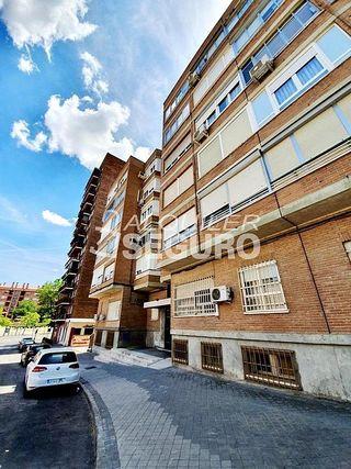 Piso en alquiler en Palomeras bajas en Madrid