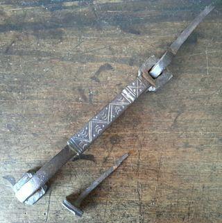 Llamador de hierro forjado siglo XVIII