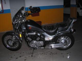 Moto Suzuki VG 1200 Custom