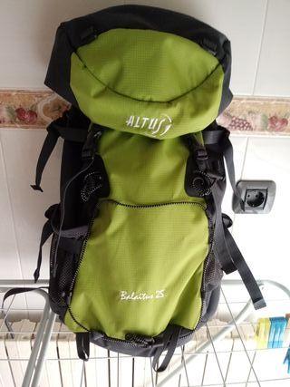 mochila montaña ALTUS