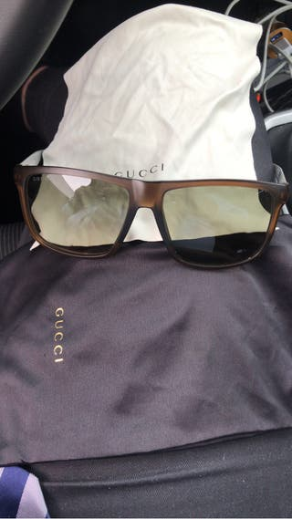 f1d22ddc5e Gafas Gucci hombre de segunda mano en la provincia de Madrid en WALLAPOP