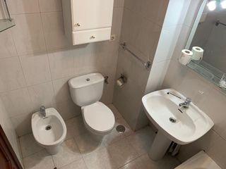 Piezas baño con muebles
